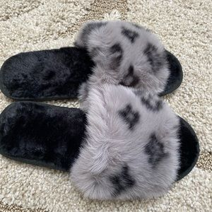 Luxury Faux fur slides pink gray small